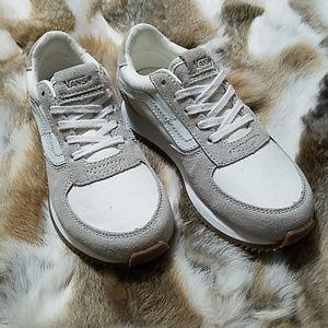 Girls Van's Sz.13 Suede Running Shoes!